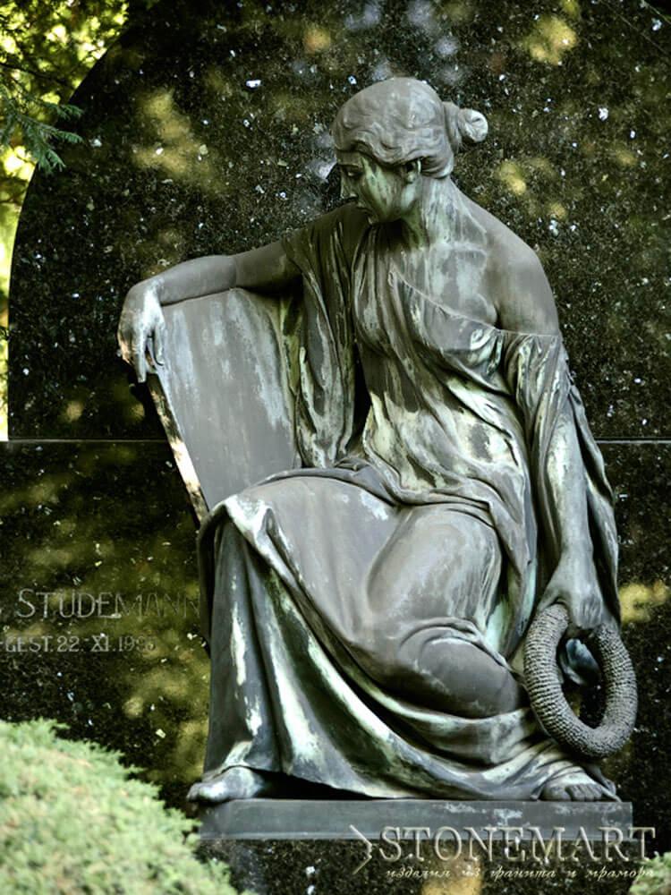 42. Скульптура