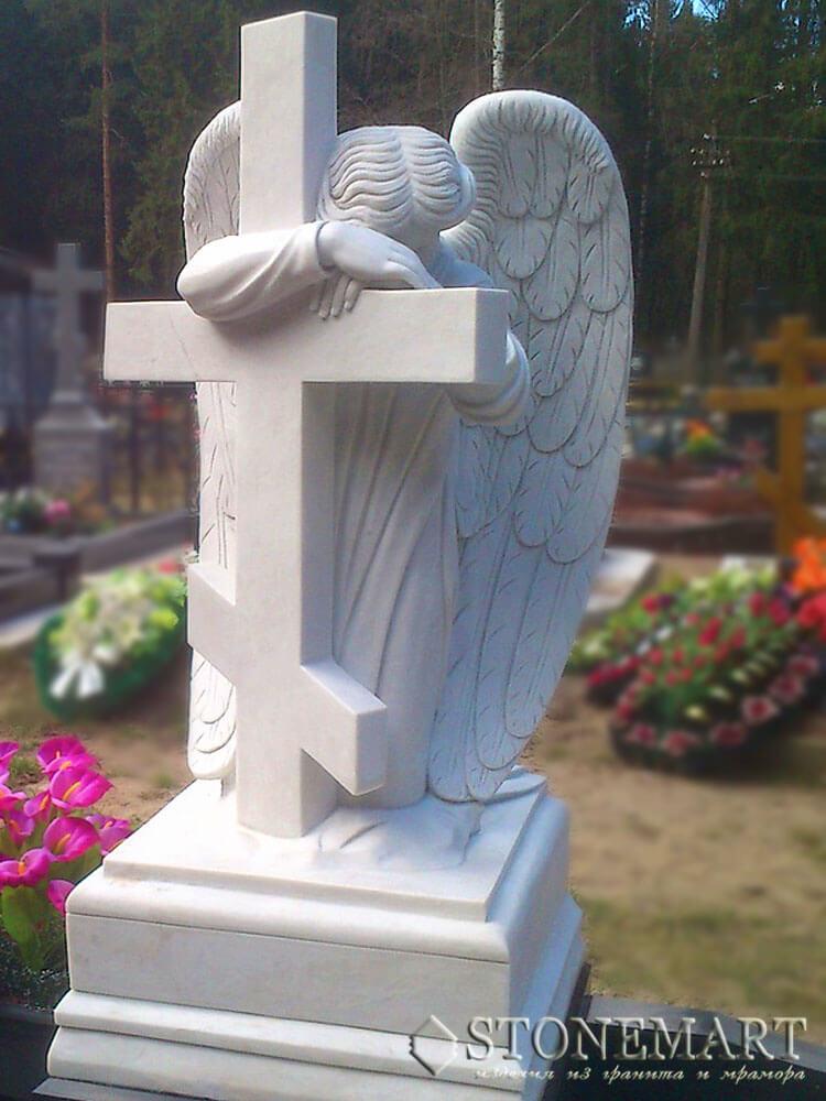 91. Ангел у креста